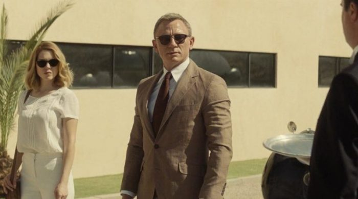 James Bond wearing the Tom Ford Henry.