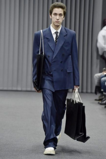 Stop wasting your money on clothes baggy suit