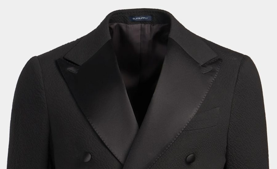 Tuxedo lapels with two button holes